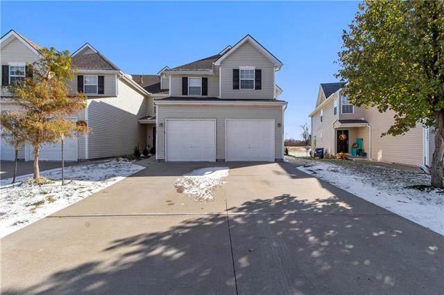 12285 N Fox Creek Drive, Platte City, MO 64079 (#2196475) :: Edie Waters Network