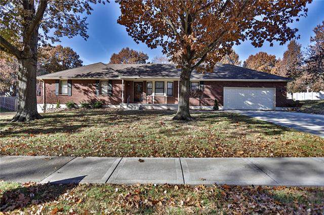 2622 Mohican Avenue, Independence, MO 64057 (#2196676) :: Eric Craig Real Estate Team