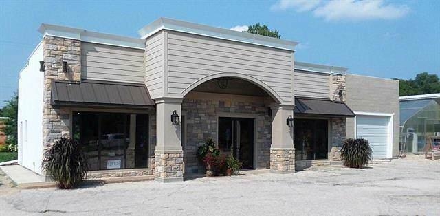 109 W Mary Street, Yates Center, KS 66783 (#2196680) :: Eric Craig Real Estate Team