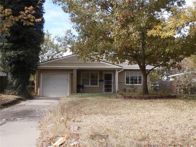 847 S Fountain Street, Other, KS 67218 (#2196961) :: Eric Craig Real Estate Team