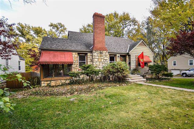 5147 Maple Avenue, Mission, KS 66202 (#2197122) :: House of Couse Group