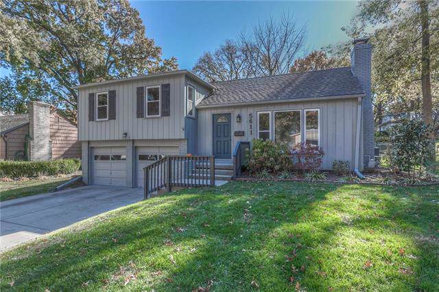 5611 W 77th Terrace, Prairie Village, KS 66208 (#2197150) :: House of Couse Group