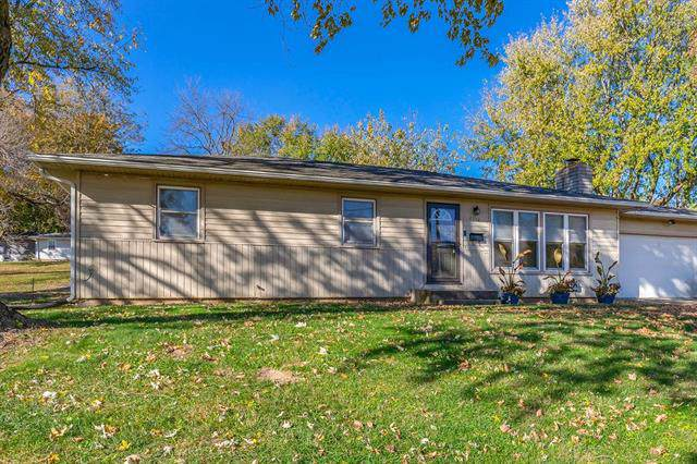 2718 S 28th Street, St Joseph, MO 64503 (#2197207) :: The Gunselman Team
