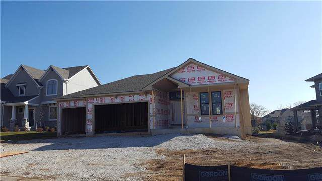 6039 Lackecrest Drive, Shawnee, KS 66218 (#2197247) :: House of Couse Group