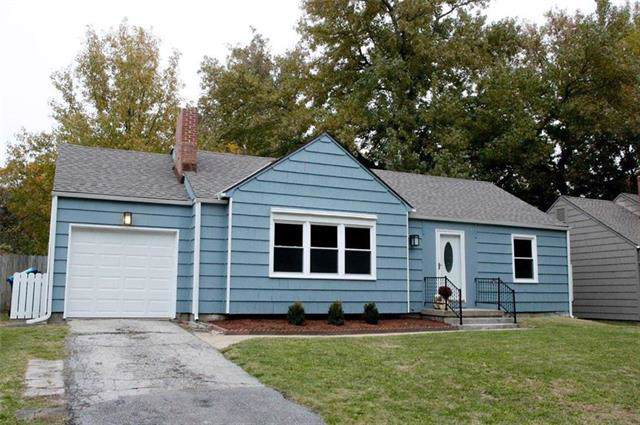5222 W 72nd Terrace, Prairie Village, KS 66208 (#2197357) :: The Shannon Lyon Group - ReeceNichols