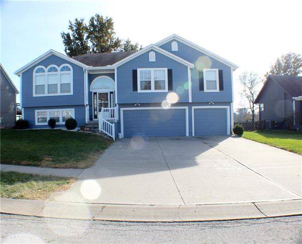 1207 Spruce Drive, Greenwood, MO 64034 (#2197431) :: Clemons Home Team/ReMax Innovations
