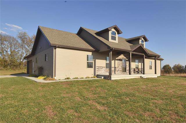 8631 E 116 Highway, Lathrop, MO 64465 (#2197440) :: Edie Waters Network