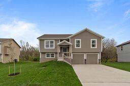 602 Wright Street, Pleasant Hill, MO 64080 (#2197451) :: Eric Craig Real Estate Team