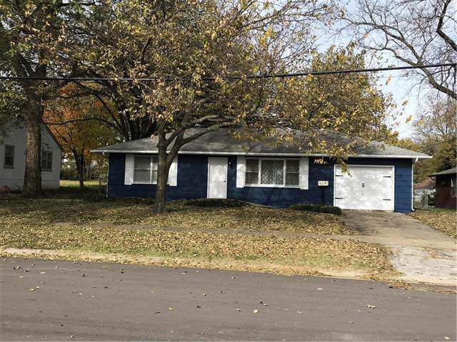 408 W Dakota Street, Butler, MO 64730 (#2197474) :: Eric Craig Real Estate Team