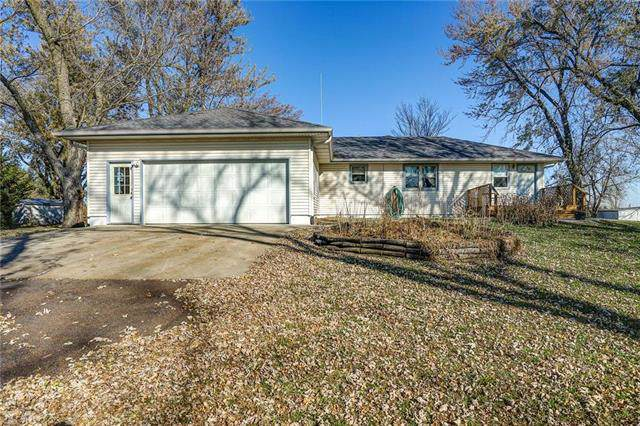 4120 204th Street, Trimble, MO 64492 (#2197494) :: Edie Waters Network