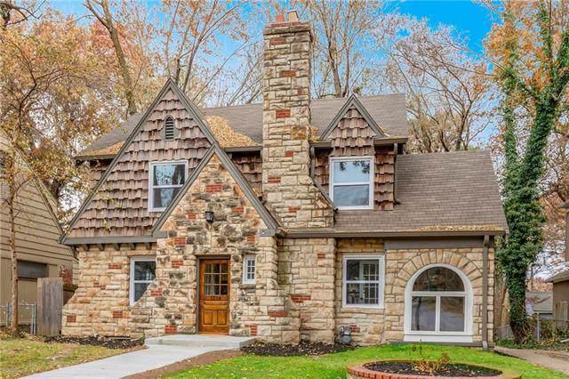 1216 W 73rd Street, Kansas City, MO 64114 (#2197605) :: Dani Beyer Real Estate
