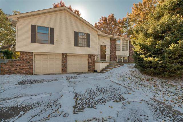 508 NE Lee Drive, Blue Springs, MO 64014 (#2197611) :: Team Real Estate