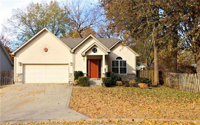 5510 Russell Street, Mission, KS 66202 (#2197668) :: House of Couse Group