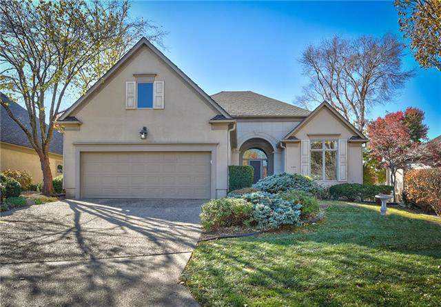 5305 W 116th Street, Leawood, KS 66211 (#2197669) :: House of Couse Group