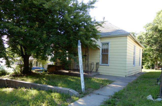 3221 Doniphan Avenue, St Joseph, MO 64501 (#2197724) :: Edie Waters Network