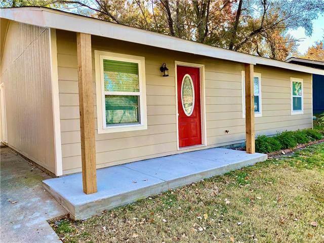 2732 Bonanza Street, Lawrence, KS 66046 (#2197736) :: Dani Beyer Real Estate