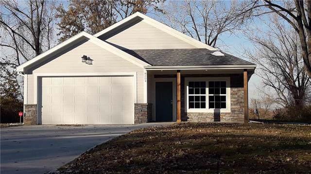 8204 NE 48 Street, Kansas City, MO 64119 (#2197742) :: Dani Beyer Real Estate