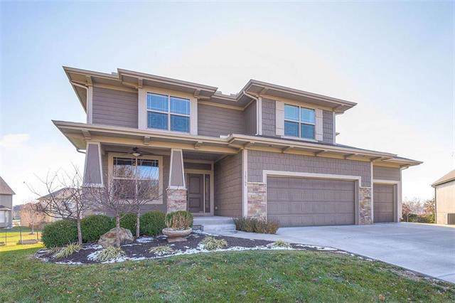 16569 S Lawson Street, Olathe, KS 66062 (#2197815) :: The Shannon Lyon Group - ReeceNichols