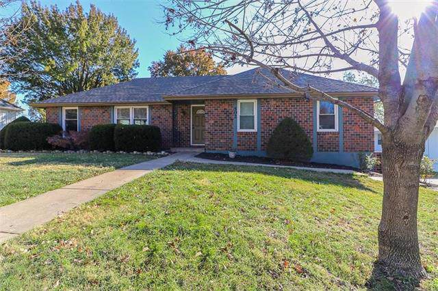 502 NW Wedgewood Drive, Blue Springs, MO 64014 (#2197840) :: Team Real Estate