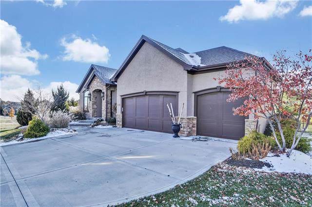 16824 Stearns Street, Overland Park, KS 66221 (#2197856) :: House of Couse Group