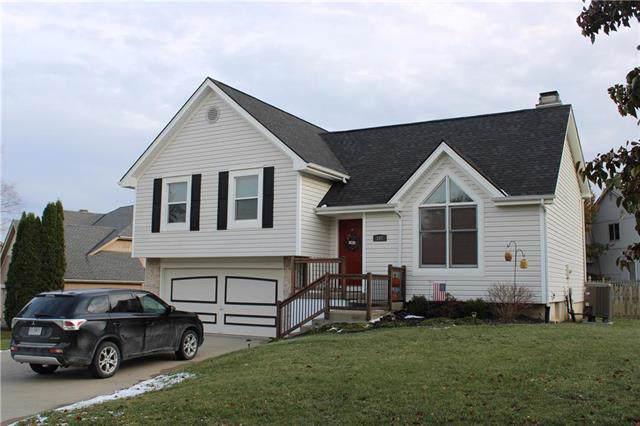 107 Jasmine Circle, Smithville, MO 64089 (#2197925) :: Eric Craig Real Estate Team