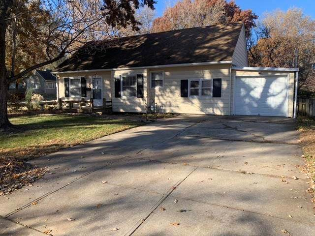 5122 W 50th Terrace, Roeland Park, KS 66205 (#2198039) :: Team Real Estate
