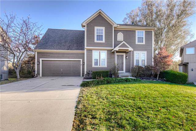7909 W 140TH Terrace, Overland Park, KS 66223 (#2198178) :: The Gunselman Team
