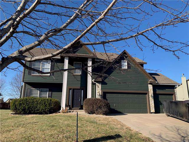13824 W 155th Street, Olathe, KS 66062 (#2198223) :: House of Couse Group