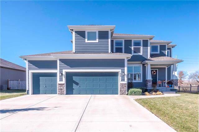 660 N Olive Street, Gardner, KS 66030 (#2198249) :: House of Couse Group