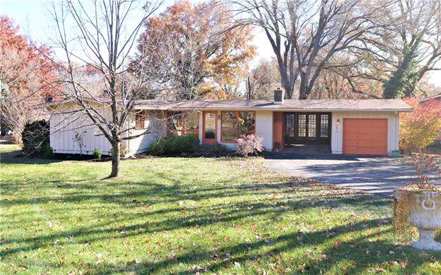 7901 Canterbury Street, Prairie Village, KS 66208 (#2198259) :: House of Couse Group
