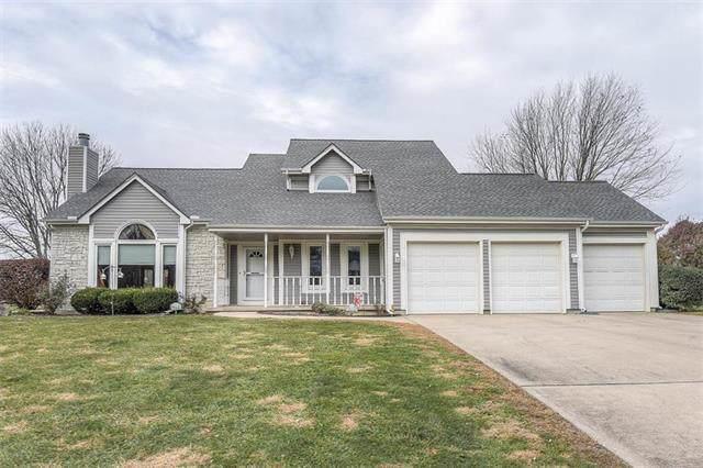 16331 149th Street, Bonner Springs, KS 66012 (#2198354) :: House of Couse Group