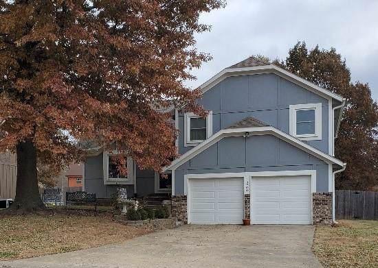 15700 W 146th Terrace, Olathe, KS 66062 (#2198356) :: House of Couse Group