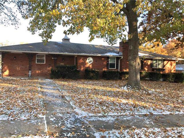 1505 N 81st Street, Kansas City, KS 66112 (#2198383) :: Clemons Home Team/ReMax Innovations