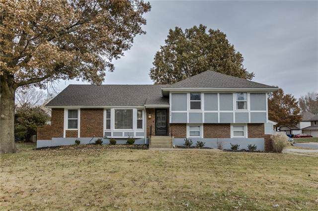 118 SE Colony Place, Lee's Summit, MO 64063 (#2198391) :: Dani Beyer Real Estate