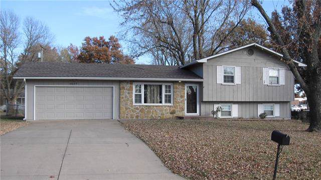 1037 S Pine Street, Ottawa, KS 66067 (#2198550) :: Clemons Home Team/ReMax Innovations