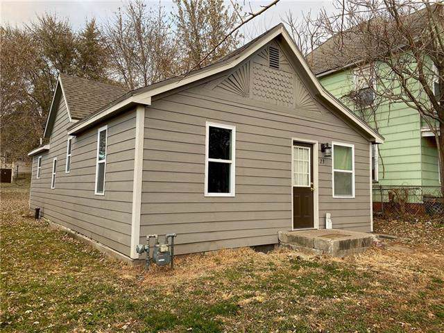 23 E Valley Street, St Joseph, MO 64504 (#2198559) :: Eric Craig Real Estate Team