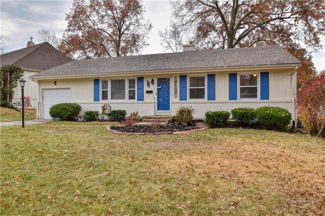 1005 W 90th Terrace, Kansas City, MO 64114 (#2198624) :: Clemons Home Team/ReMax Innovations