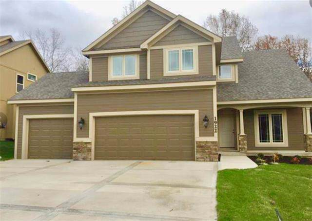 2305 Dovecott Drive, Liberty, MO 64068 (#2198656) :: Clemons Home Team/ReMax Innovations