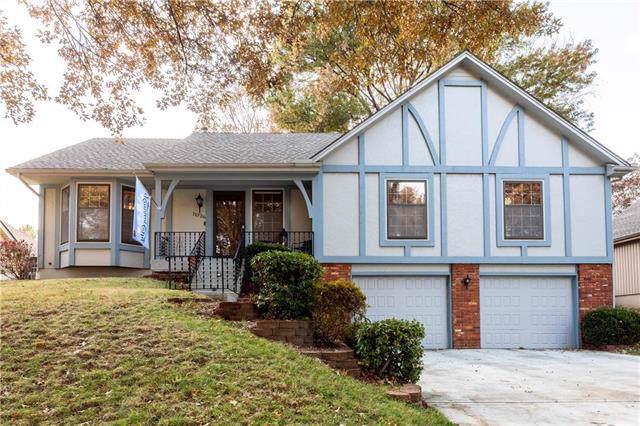 11926 Harrison Drive, Kansas City, MO 64146 (#2198733) :: Clemons Home Team/ReMax Innovations