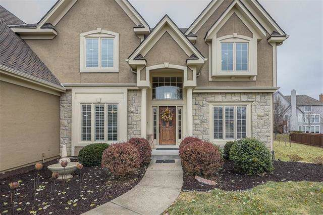 15054 Cedar Street, Leawood, KS 66224 (#2198735) :: House of Couse Group