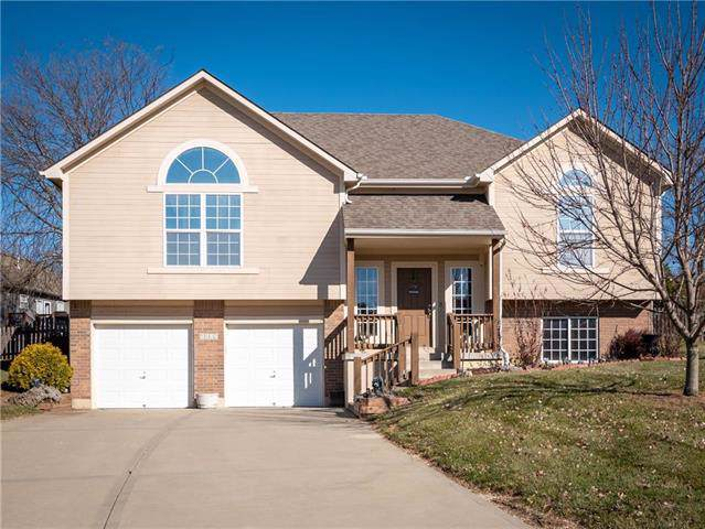 1602 Kimberly Court, Greenwood, MO 64034 (#2198748) :: Clemons Home Team/ReMax Innovations