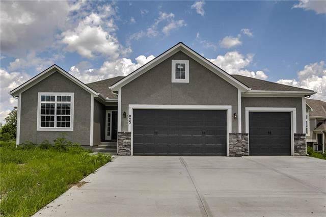 823 Cedar Ridge Drive, Raymore, MO 64083 (#2198794) :: Clemons Home Team/ReMax Innovations