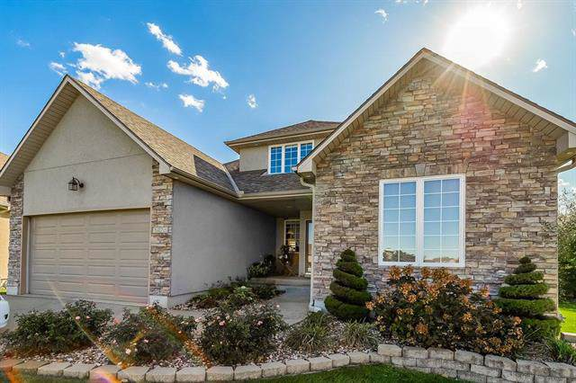 3428 SW Lois Lane, Lee's Summit, MO 64082 (#2198798) :: House of Couse Group