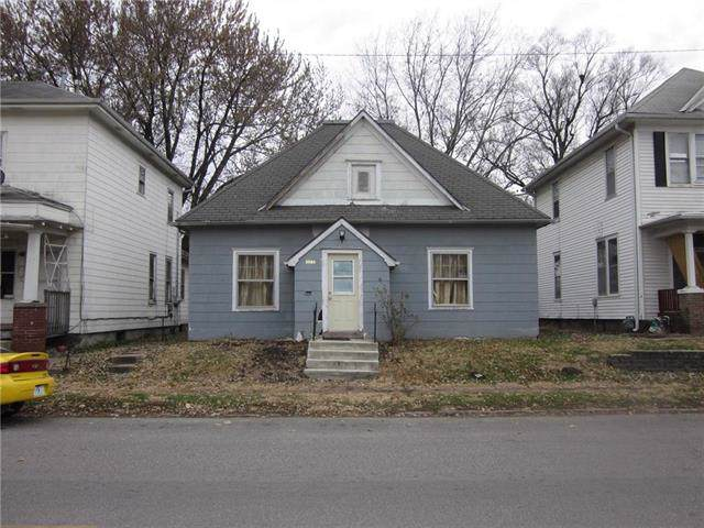 2222 S 11th Street, St Joseph, MO 64503 (#2198836) :: House of Couse Group