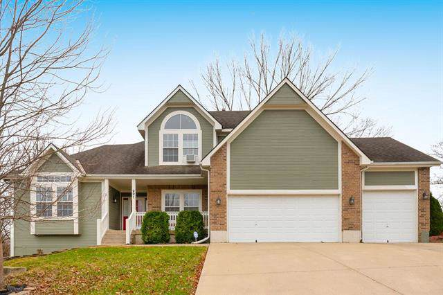 221 SE Citation Street, Lee's Summit, MO 64082 (#2198864) :: House of Couse Group