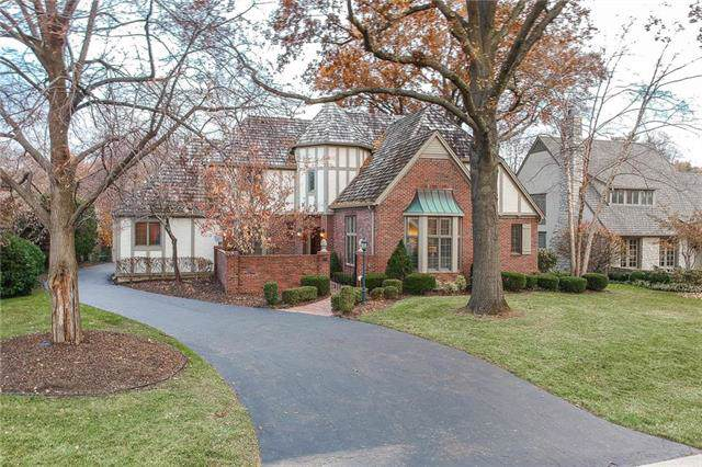 9505 State Line Road #11, Kansas City, MO 64114 (#2198986) :: Clemons Home Team/ReMax Innovations