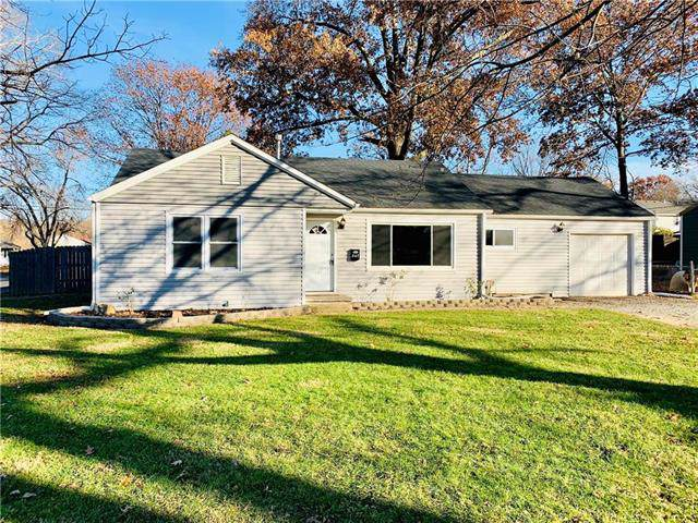 347 Sheidley Avenue, Bonner Springs, KS 66012 (#2199154) :: Eric Craig Real Estate Team