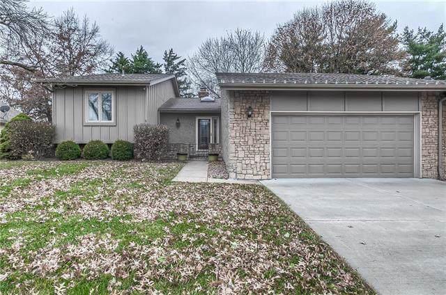 4 E Woodbridge Lane, Kansas City, MO 64145 (#2199250) :: Eric Craig Real Estate Team