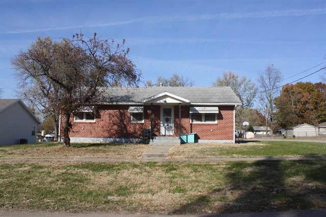 311 E Mason Street, LaMonte, MO 65337 (#2199259) :: Eric Craig Real Estate Team