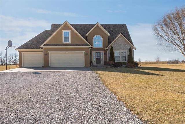 4568 Meadow Lane, Wellsville, KS 66092 (#2199390) :: Clemons Home Team/ReMax Innovations